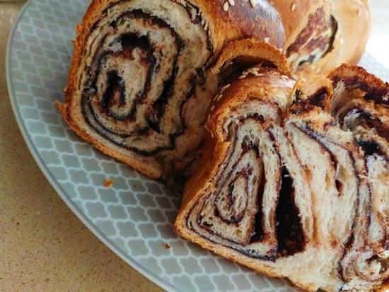 עוגת שמרים שוקולד רויטל