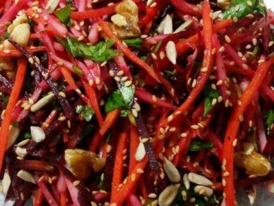 סלט ירקות שורש עם אגוזי מלך
