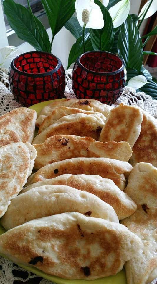 מתכון קאדה - מאפה שמרים עם גבינות במחבת קלות להכנה