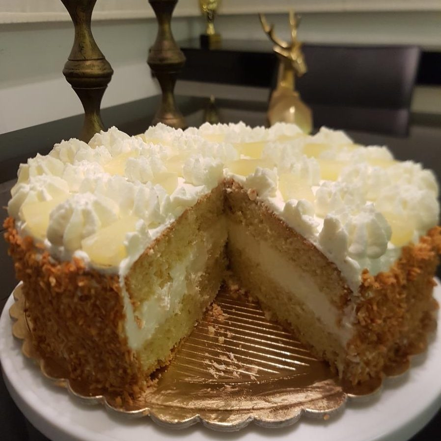 עוגת אננס וקוקוס