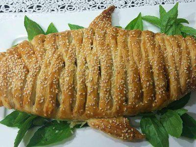 מאפה בשר בצורת דג