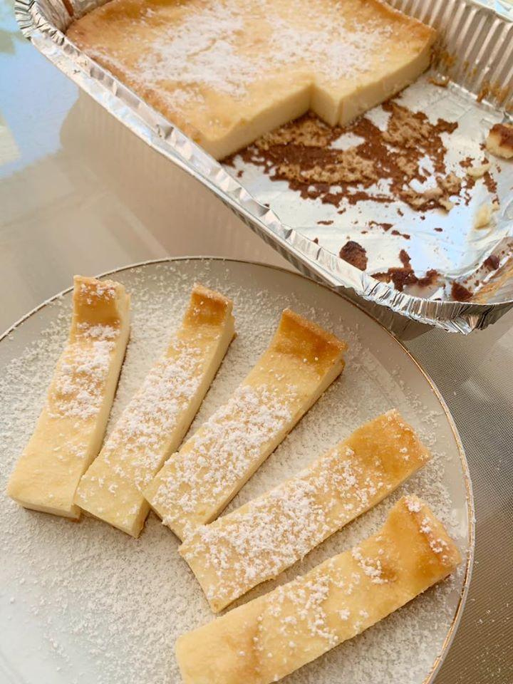 עוגת גבינה בחושה בצורת אצבעות