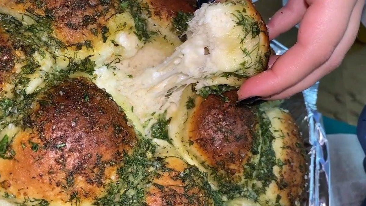 לחם שום עם גבינה