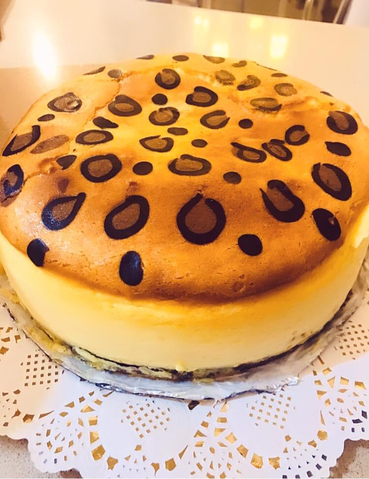 עוגת גבינה מנומרת