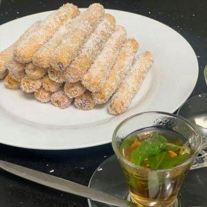 סיגרים מתוקים במילוי קוקוס ושקדים