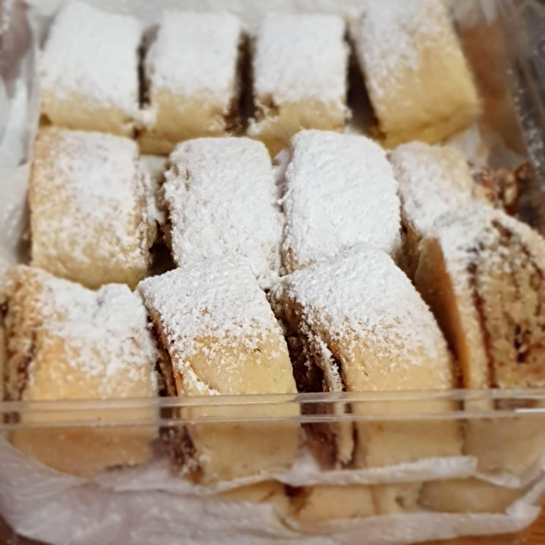 עוגיות מגולגלות תמרים