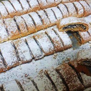 עוגיות ממולאות תמרים
