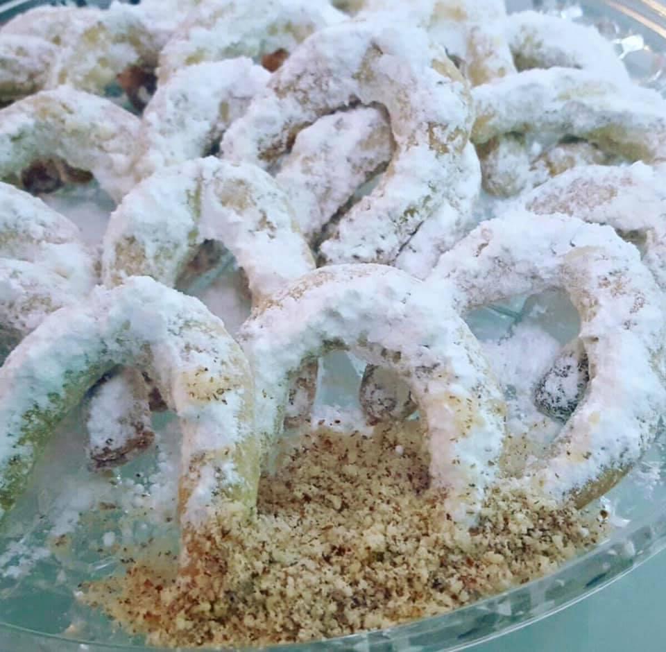 עוגיות שקדים סהרונים