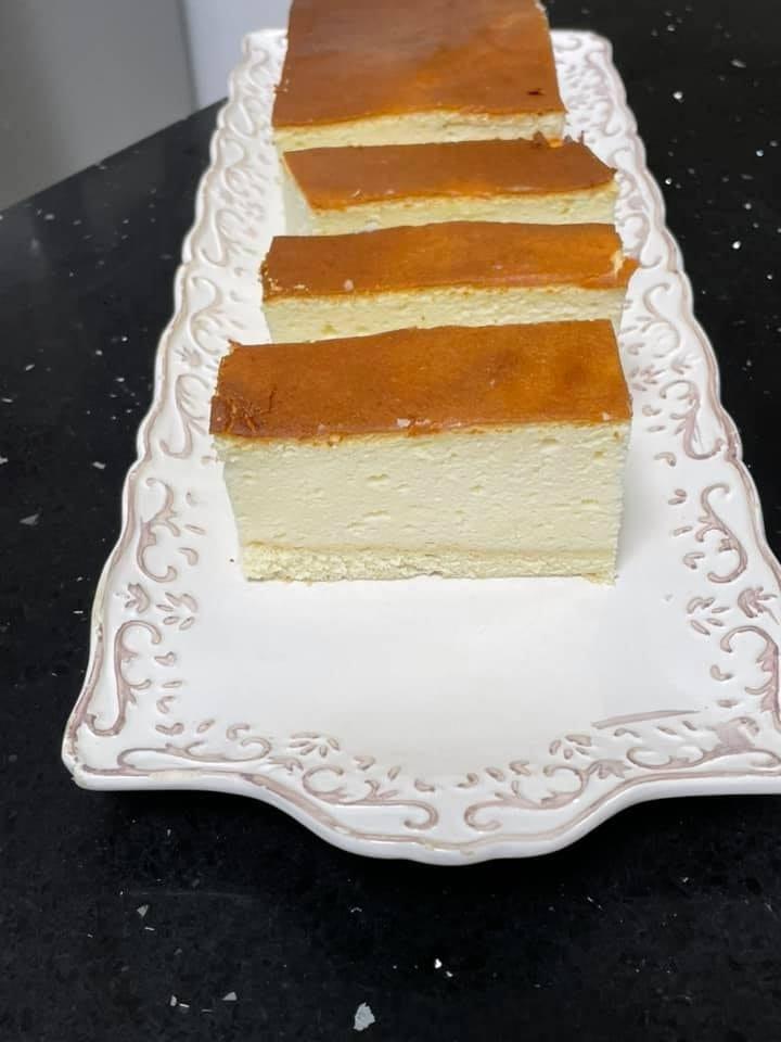 עוגת גבינה עם תחתית טורט