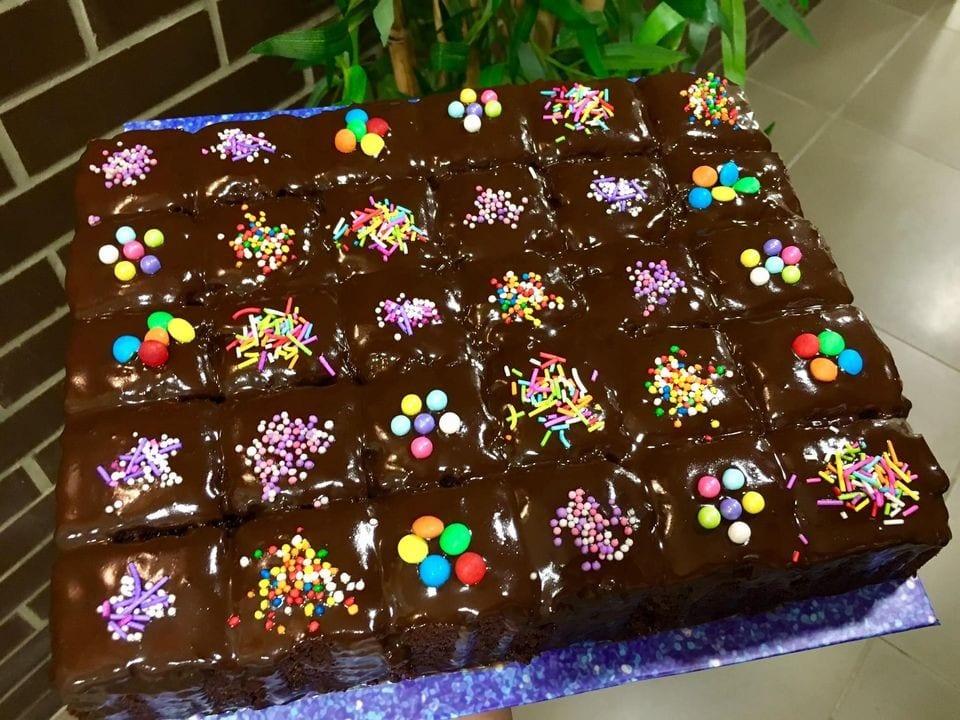 עוגת שוקולד גבוהה ואוורירית