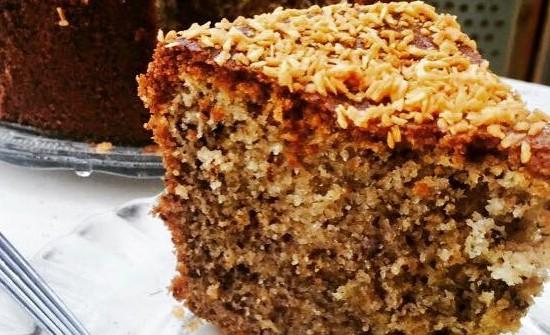 עוגת אגוזים וקוקוס