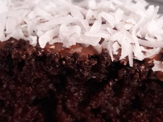 עוגת שוקולד בחושה