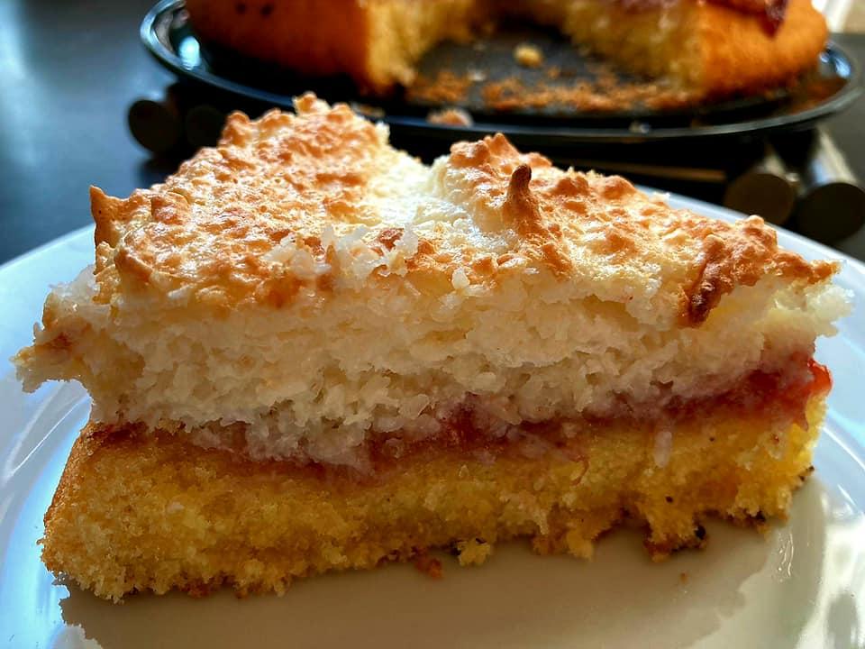 עוגת קוקוס וריבה