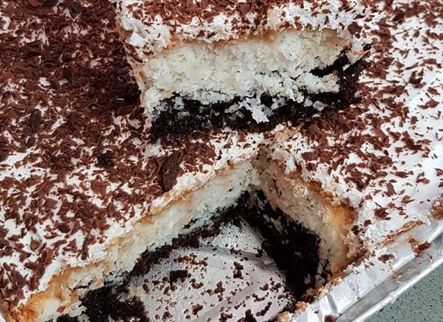 עוגת קוקוס ושוקולד