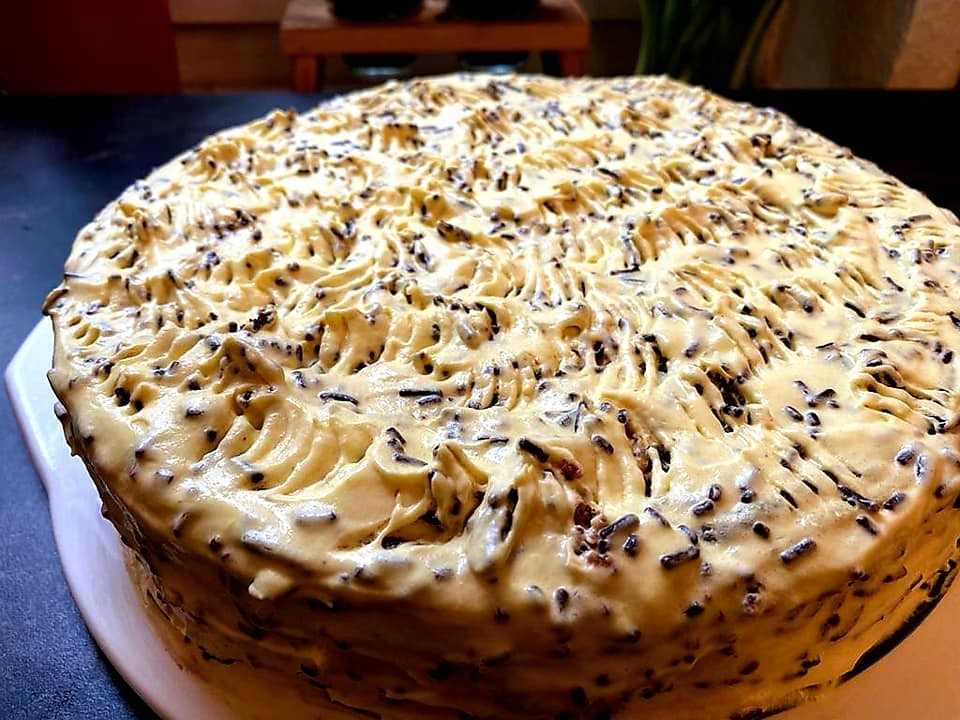 עוגת שוקולד ואגוזים