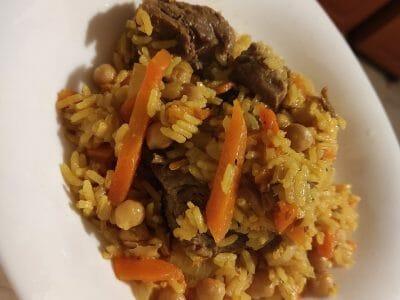 אושפלו - תבשיל אורז ובשר