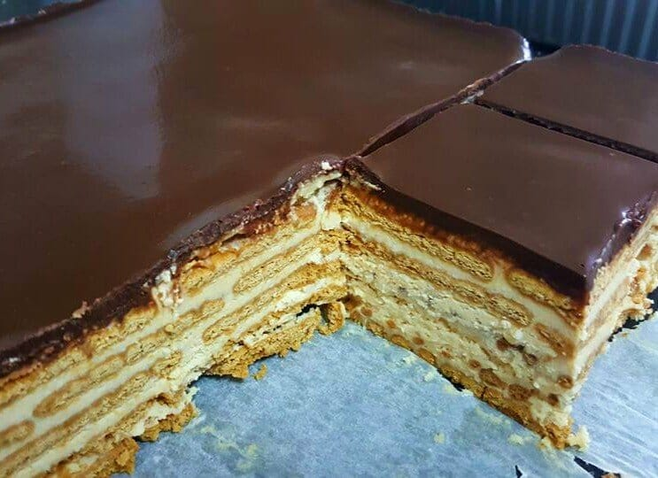 עוגת ביסקוויטים קלה ומרשימה 2