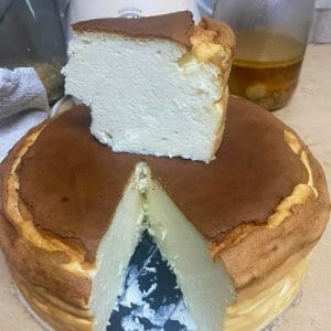 עוגת גבינה מושלמת ב-5 מצרכים בלבד!