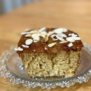עוגת דבש הכי קלה ומושלמת שטעמתם